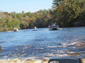 Fall_Colors_Boats_1